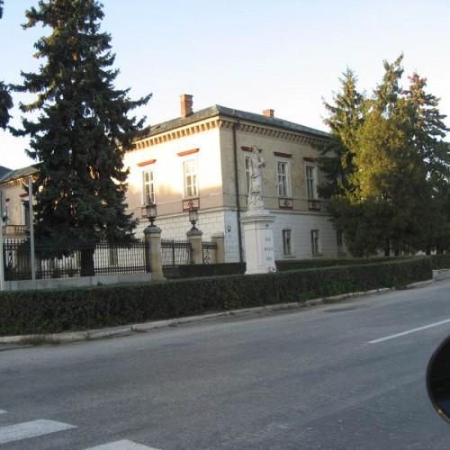 Rezidencia Voderady 6