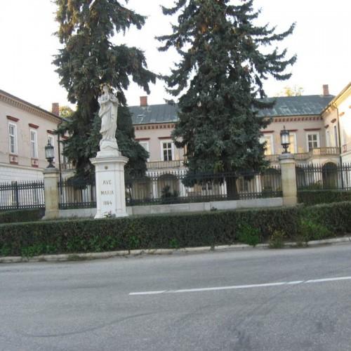 Rezidencia Voderady 8